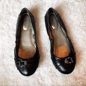 Me Too Black Flats Size 8.5